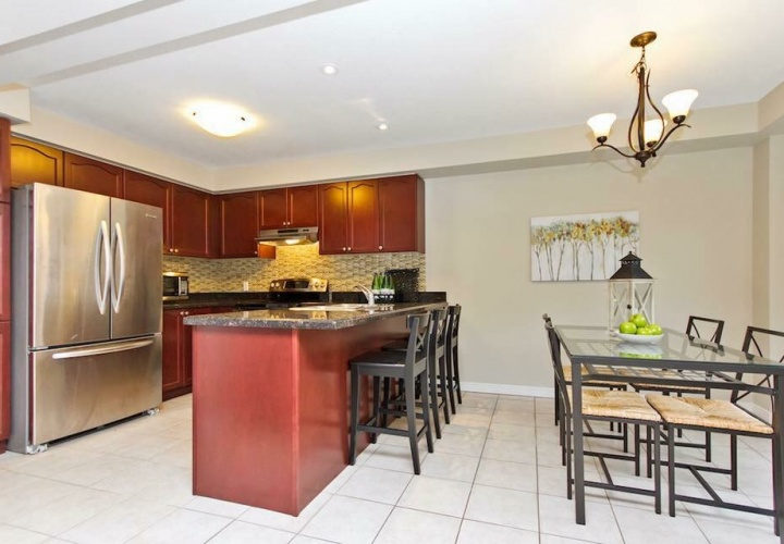 Team Logue Real Estate | Homes for sale Burlington | Kitchen AFTER