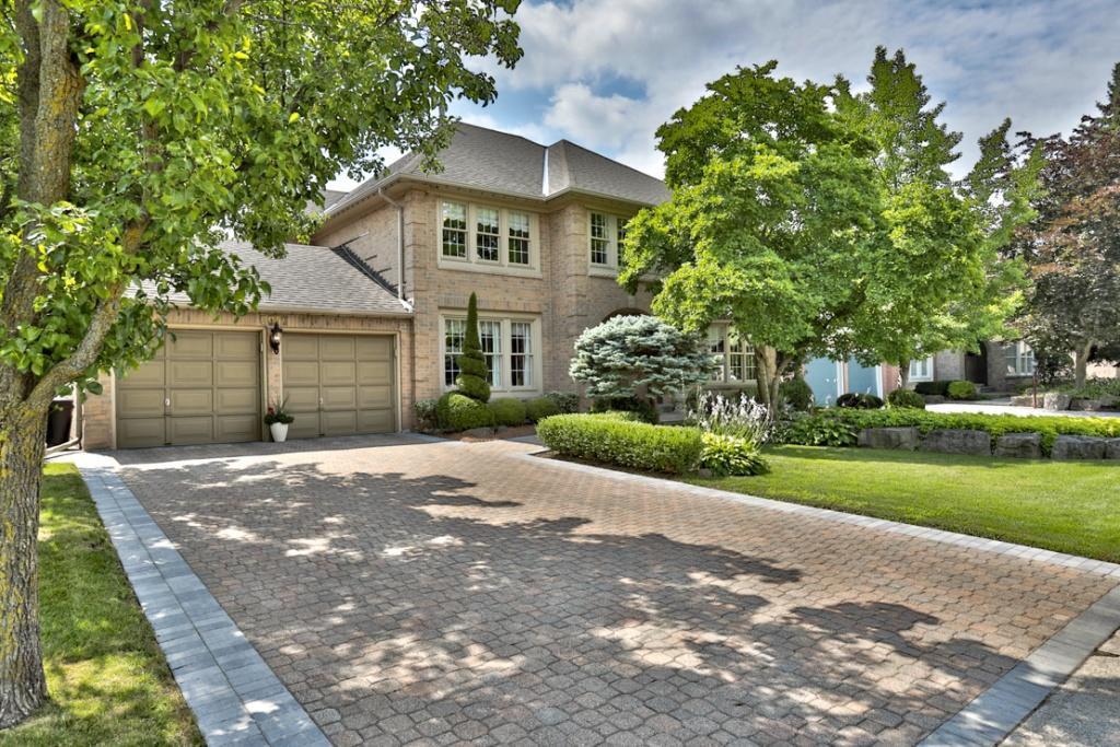 oakville and burlington real estate agents team logue homes for sale