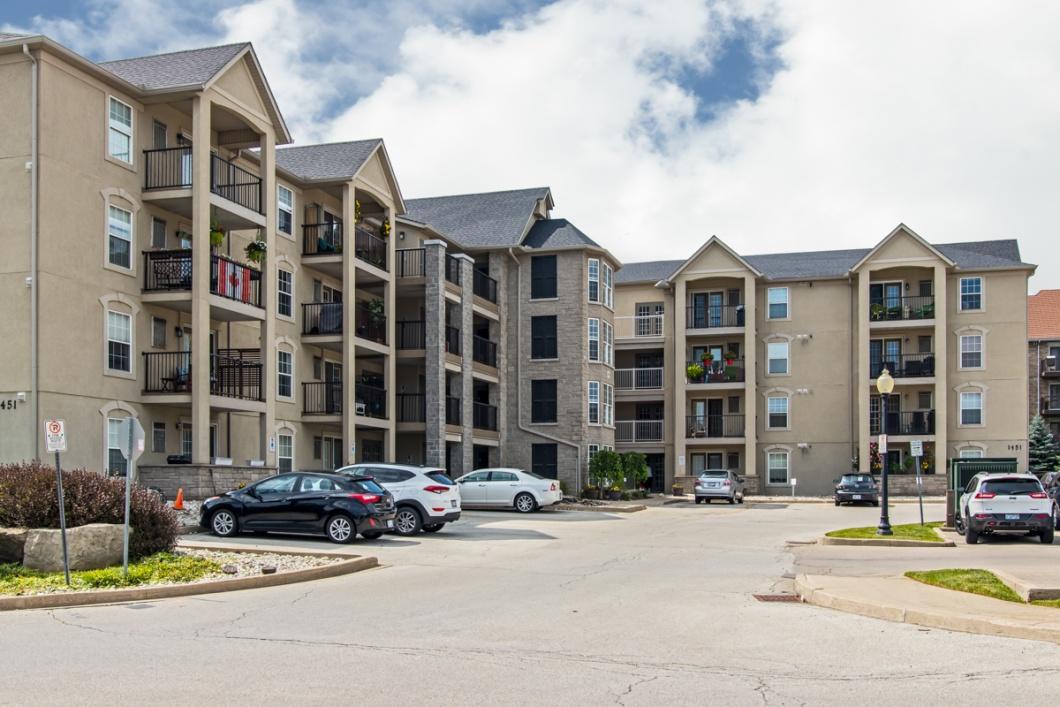 Team Logue real estate houses for sale in Burlington 1451 Walkers Line 30