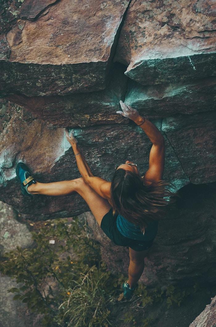 rock-climbing-burlington-rattle-snake-point