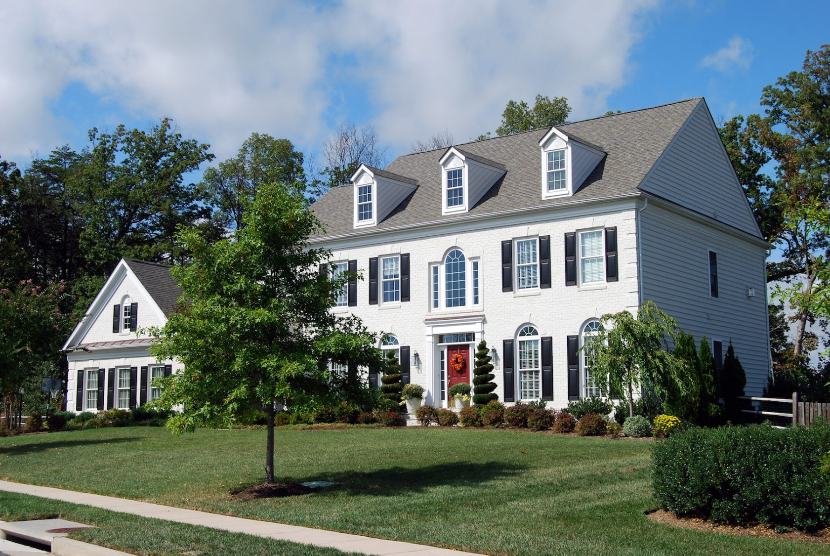 house-hunting-tips-to-help-you-find-the-right-home-in-burlington-team-logue-real-estate