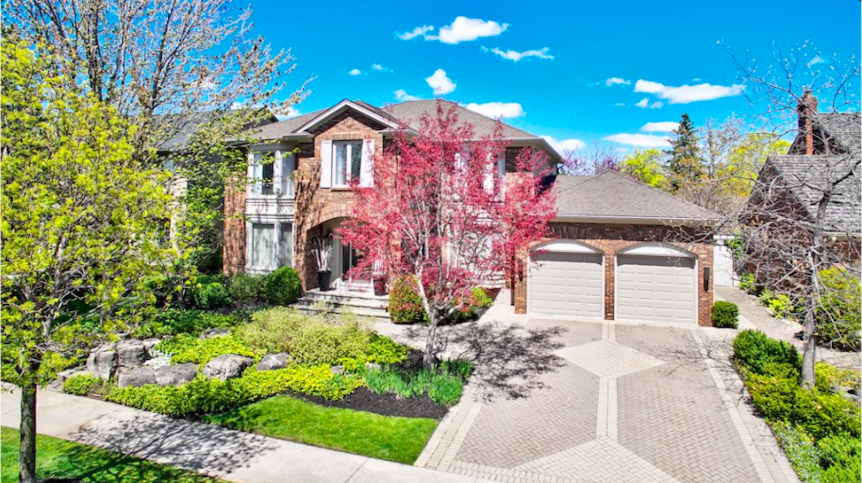 Oakville Real Estate Listings: Dream Home | Team Logue Real Estate